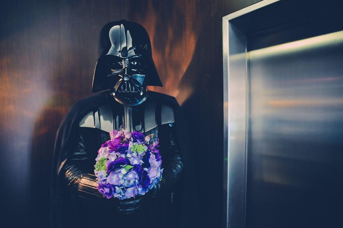 Encerado en un elevador